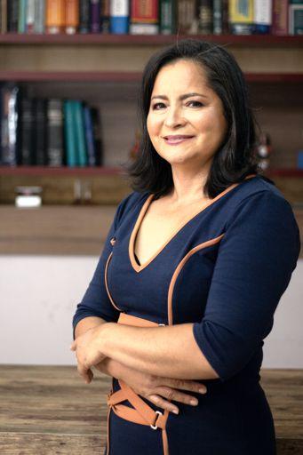 Sandra Luz Perfil 512x 2